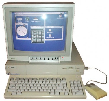 Commodore Amiga1000 377x350 Ретро компьютеры. История Commodore Amiga