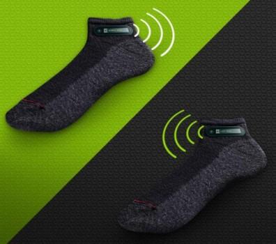 noski htc 396x350 Компания HTC показала умные носки RE Sok
